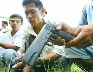 Faithful Replicas of Guns and Rifles Produced in Philippines.