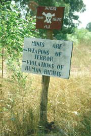 A mine awareness sign, Rumbek, southern Sudan. Credit: IRIN